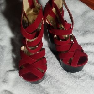 Just like new size 5 red lovely heel